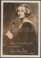 Rubinstein Erna fehér tintával dedikált fotója